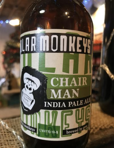 It has a bright reddish color and delicious hoppy aroma. Polar Monkeys Chairman is an American style IPA with generous malty